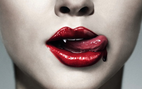 Provocative Vampire Wallpapers To Sink Your Teeth Into