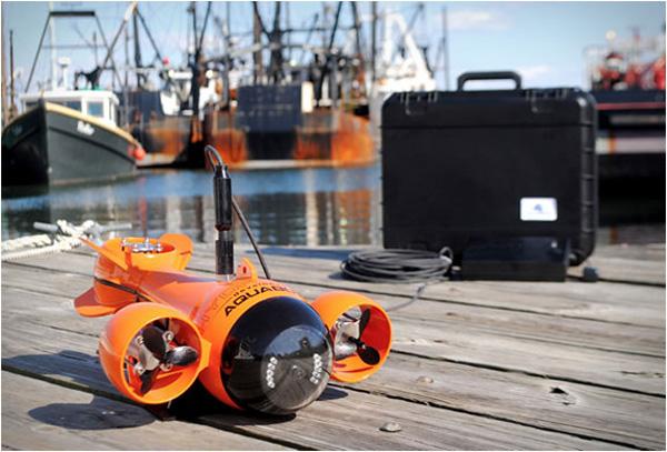 submarine-camcorder
